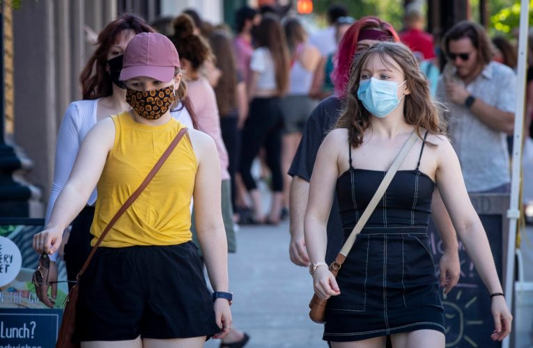 Conflicting COVID-19 mask advice leads to confusion in U.S. amid Delta variant surge