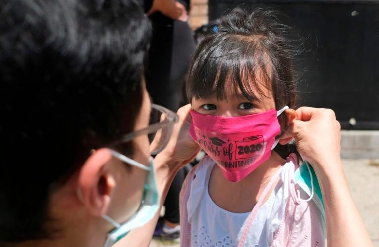 COVID-19 mask guidance divides U.S. parents heading into new school year