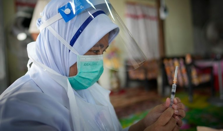 Dispiriting setback: COVID-19 deaths, cases rise again globally
