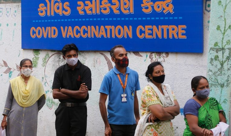 More than two-thirds of India may have COVID-19 antibodies, blood survey shows