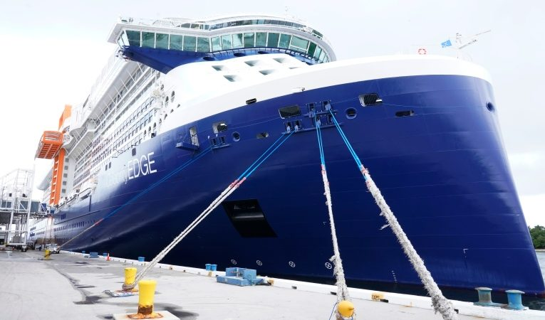 Some cruise lines not accepting passengers with mixed COVID-19 vaccinations
