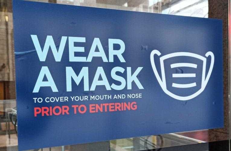 Day 1 of mandatory masks again in B.C.'s indoor public places