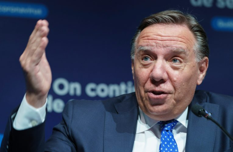 Debate on COVID-19 vaccine passports would expose Quebecers to conspiracy theories: premier