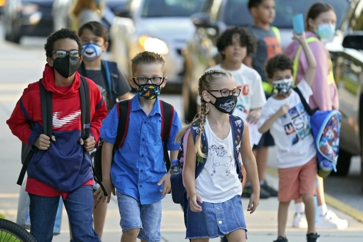 Florida, Texas schools flout COVID-19 order banning mask mandates