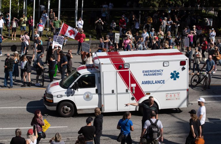 """COVID-19 anti-vaxx protests causing """"moral injury"""" to hospital workers"""
