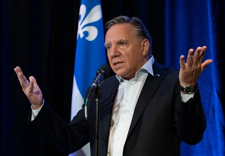 'It's unacceptable': Quebec premier critical of anti-vaccine protesters targeting high schools
