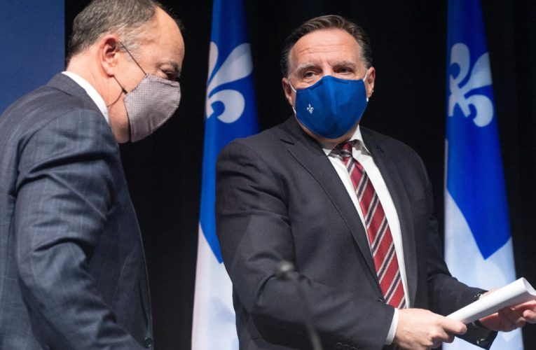 Quebec to table bill banning anti-vaccine protests outside hospitals, schools