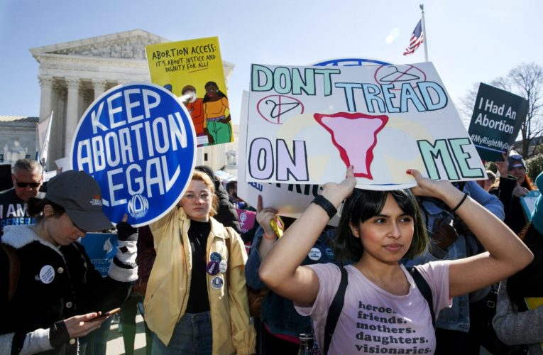 Texas ban on virtually all abortions takes effect as U.S. Supreme Court stays silent