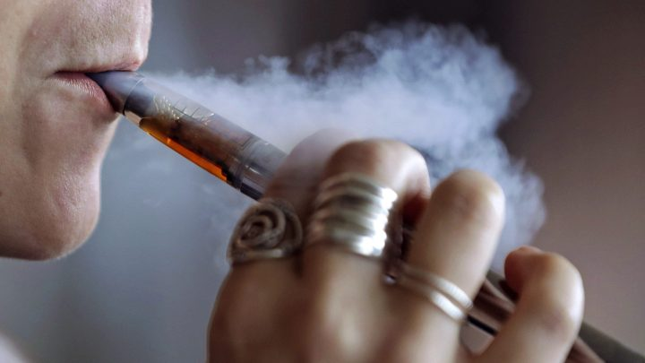 First e-cigarette authorized in the U.S., FDA cites benefit for smokers